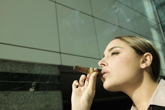 How to Write a Memo of No Smoking Inside the Workplace