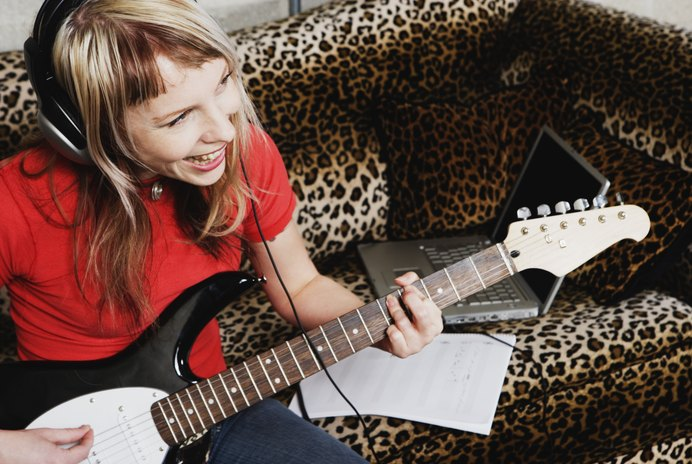 How to Write a Cover Letter for Demos to Record Labels