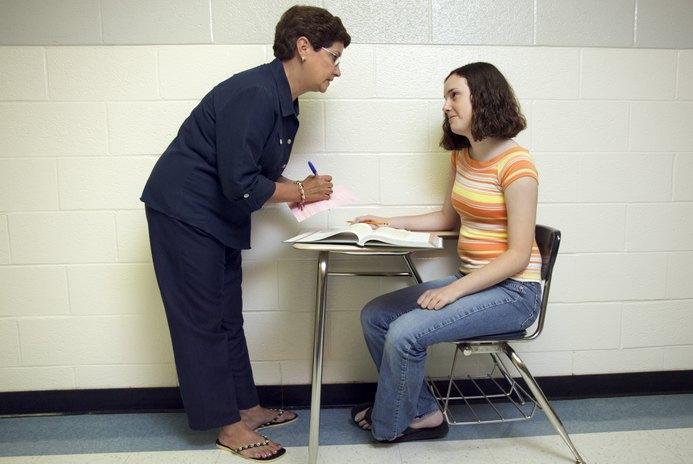 The Job Description of a Juvenile Counselor - Woman