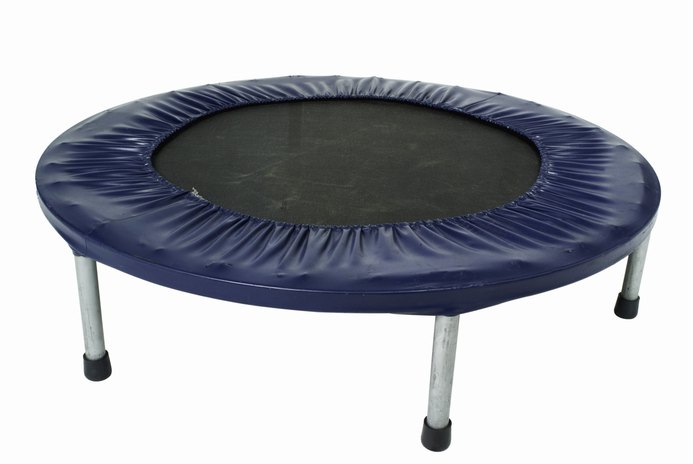 Cardiovascular Workout Routines on a Mini Trampoline