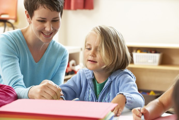 How to Apply for Teaching Assistant Jobs