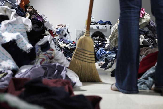 Can You Sell a Messy Home?