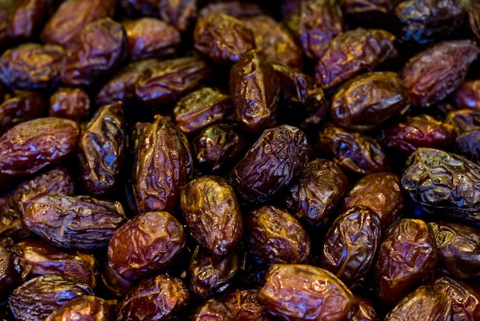 Are Raisins Bad for Cats?