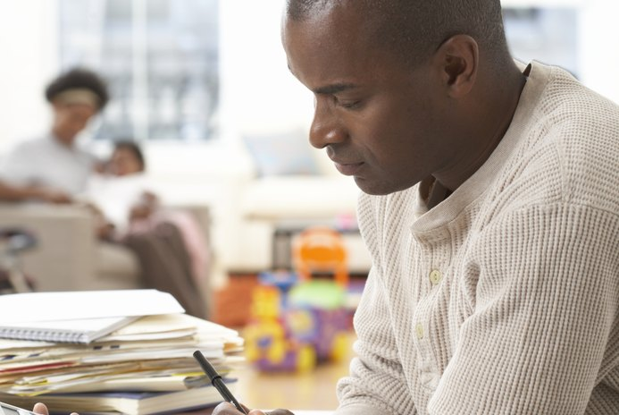 How to Set Up a One-Income Family Budget