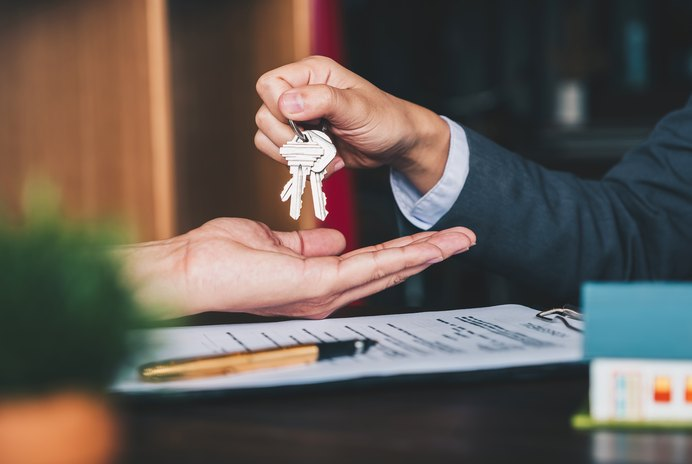 What Documents Are in a Real Estate Closing Package?