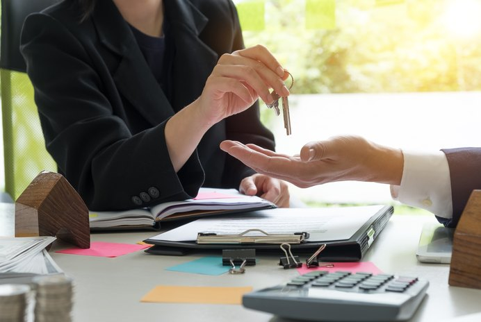 How to Buy out the Rights of a Co-Owner of a House