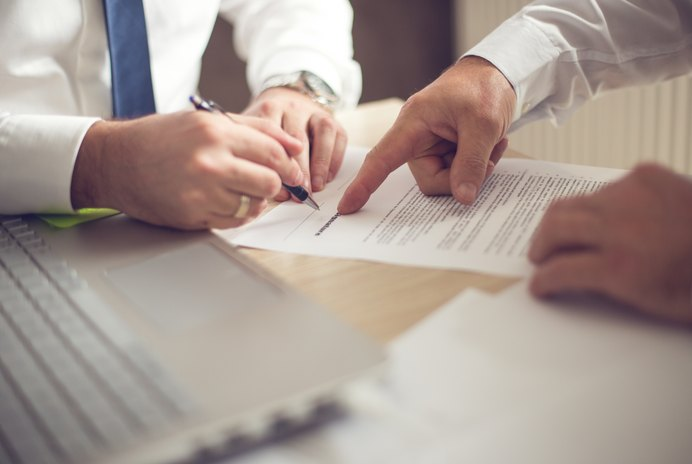 Can I Apply for Home Mortgage Loans With Two Different Companies at the Same Time?