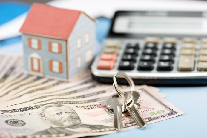 What Happens During Closing When a House Is Sold for Cash?