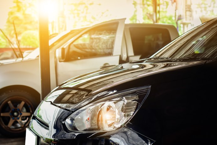 How to Buy a Vehicle From a Private Seller With a Lien on the Title