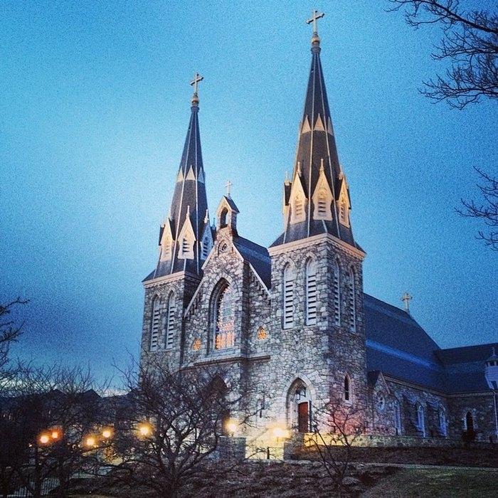 10 Beautiful Pennsylvania Churches