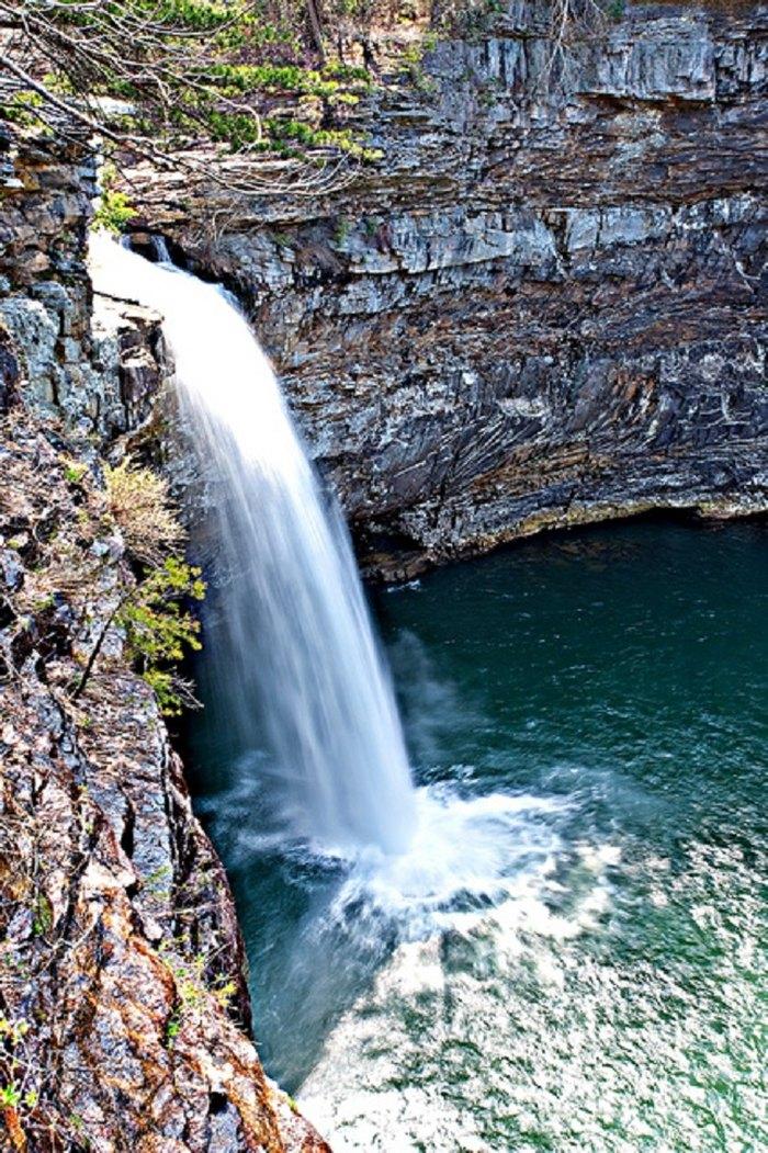 10 Absolutely Beautiful Alabama Waterfalls