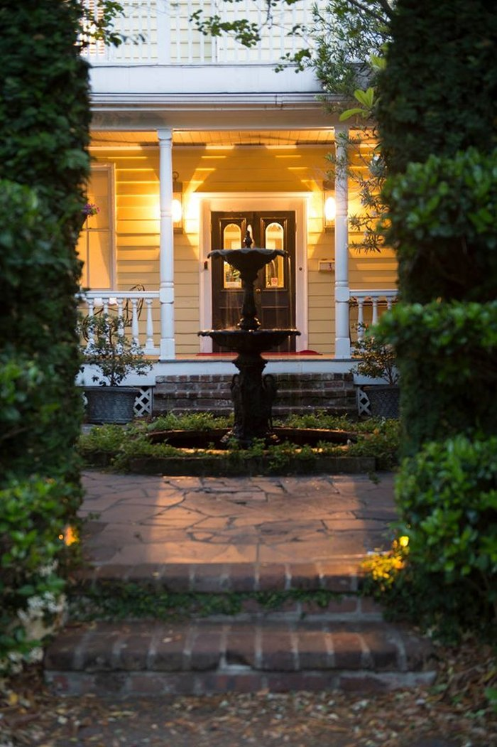 10 Haunted Hotels In SC That Will Be Unforgettable