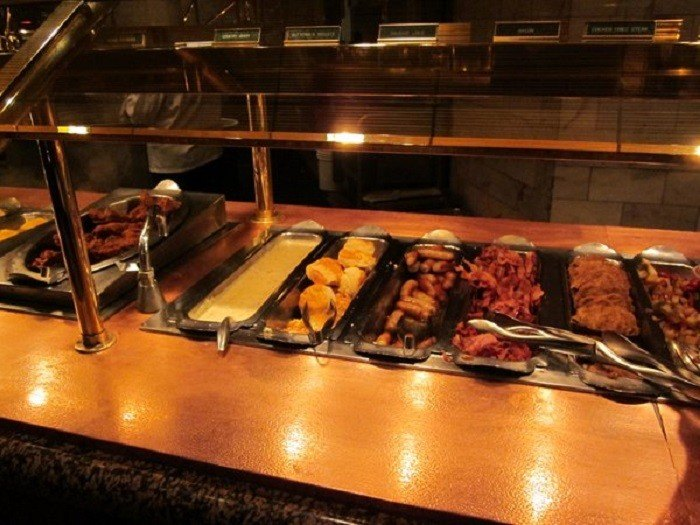 Superb 10 Delicious Buffets In Nevada Home Interior And Landscaping Ymoonbapapsignezvosmurscom