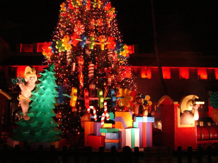 Hawaii Christmas.The 8 Best Christmas Light Displays In Hawaii