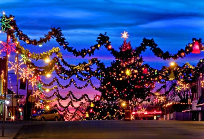 Christmas Towns.Top Christmas Decorated Towns In Oklahoma