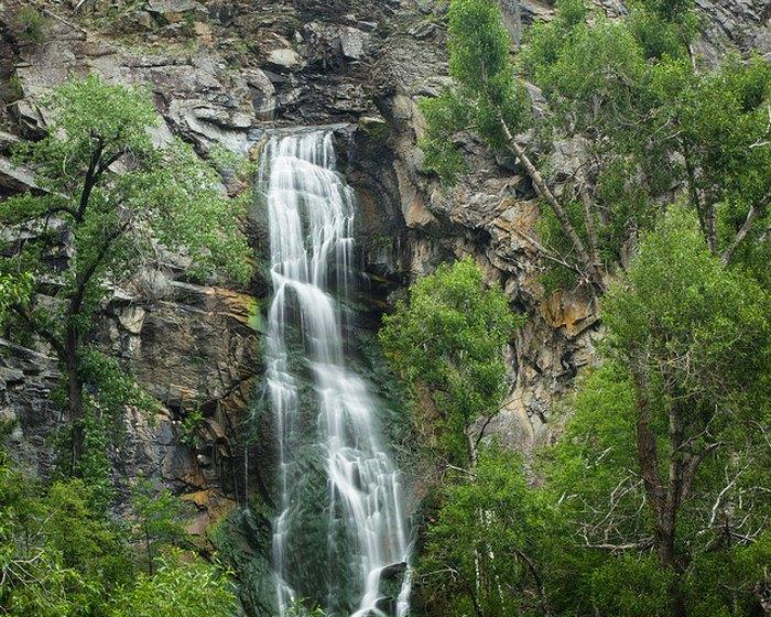 South Dakota waterfalls road trip - Bridal Veil Falls