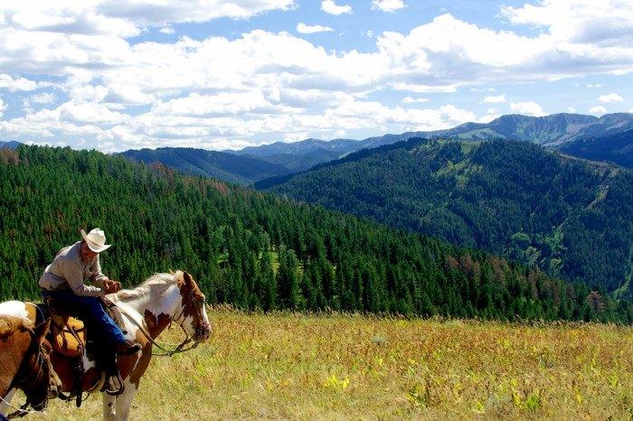 Idaho Bucket List - Horseback riding