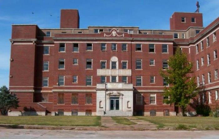 This Abandoned Oklahoma Hospital Is Hauntingly Beautiful