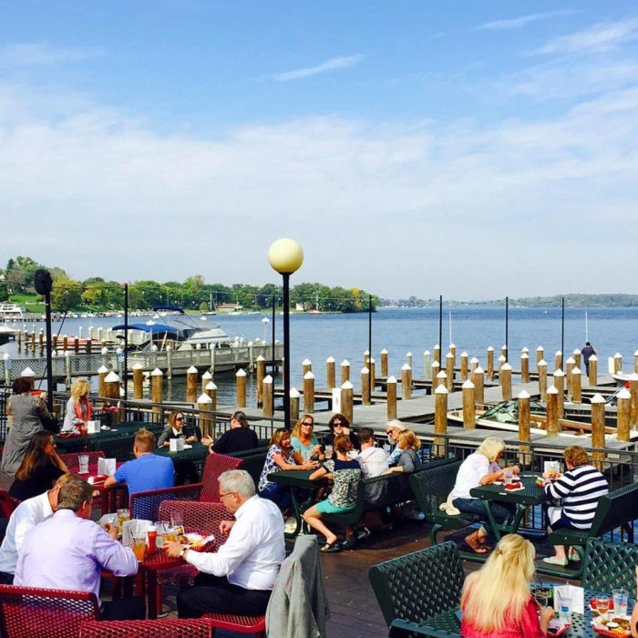 14 Amazing Waterfront Restaurants In Minnesota
