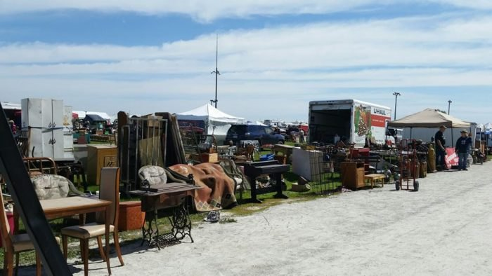 6 Must Visit Flea Markets In Iowa Where Youll Find Awesome Stuff