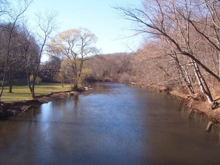 10 Great Spots To Go Fishing In Connecticut