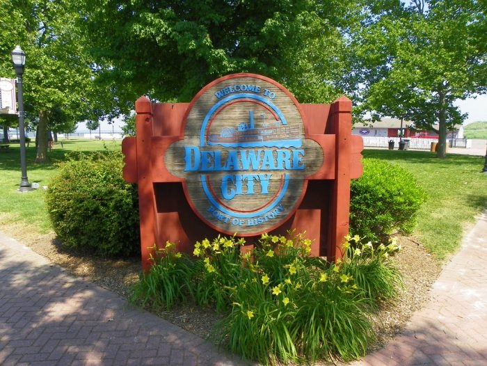 Delaware City sign
