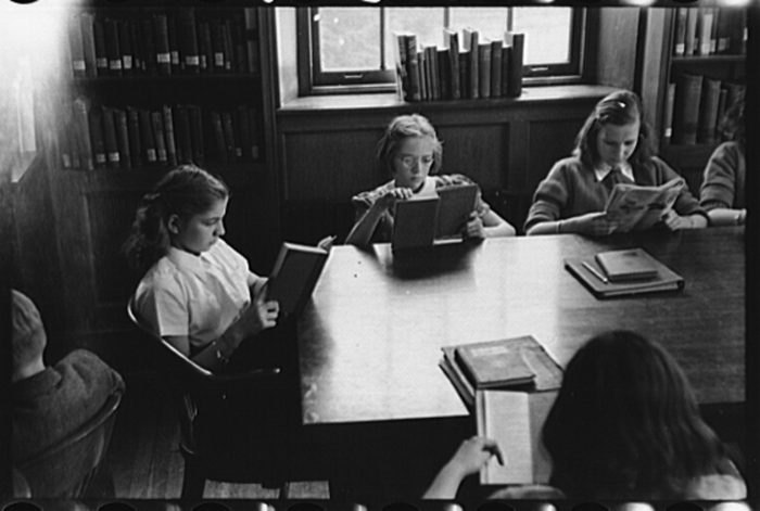 1942 Delaware school library