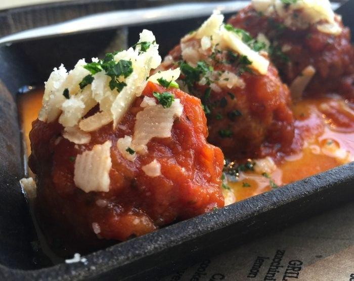 Taverna meatballs