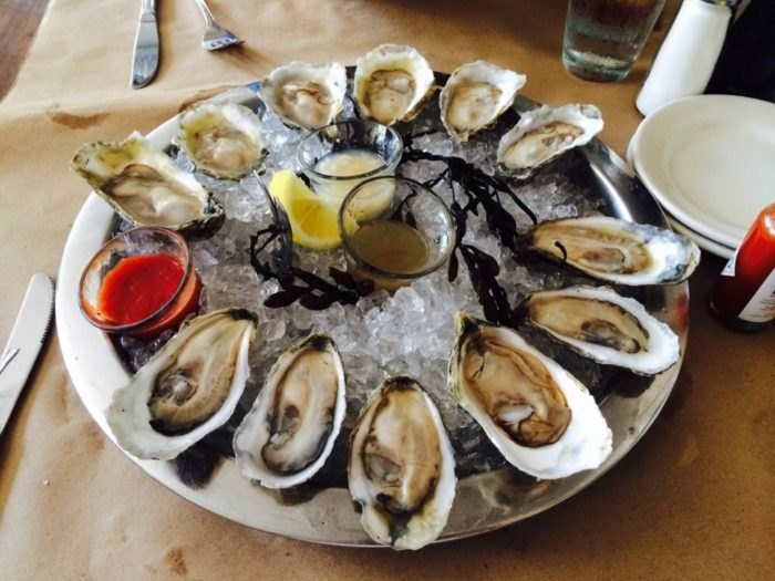 Henlopen City Oyster House oysters