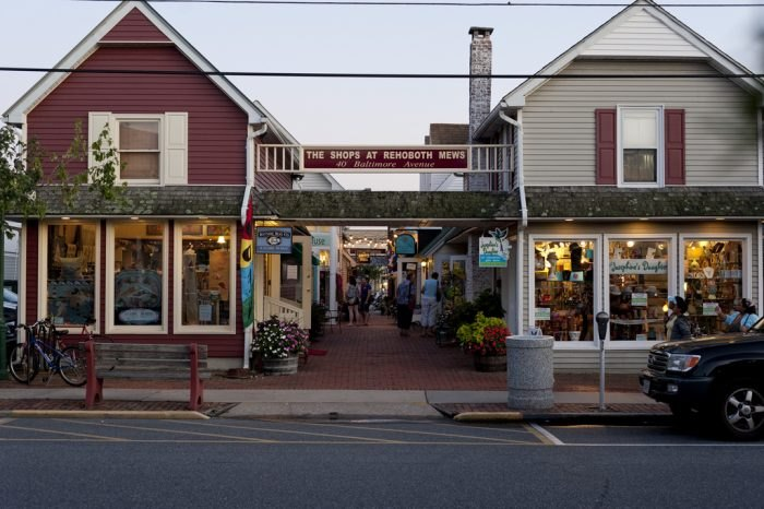 Rehoboth Beach town shopping