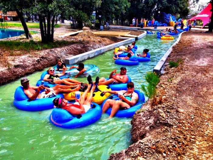 The Longest Lazy River In The Entire World Is In Texas