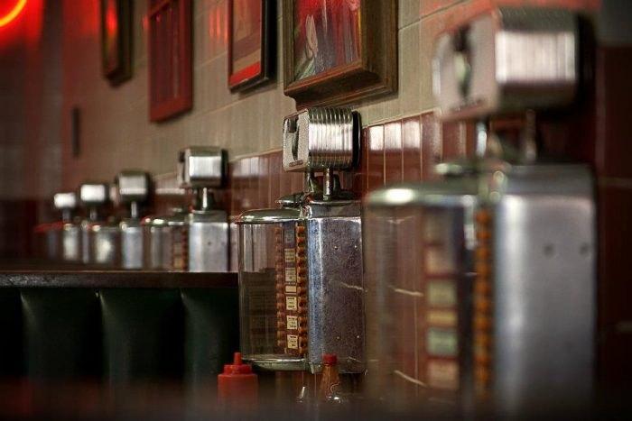 7 Amazing Mom & Pop Restaurants In Tennessee