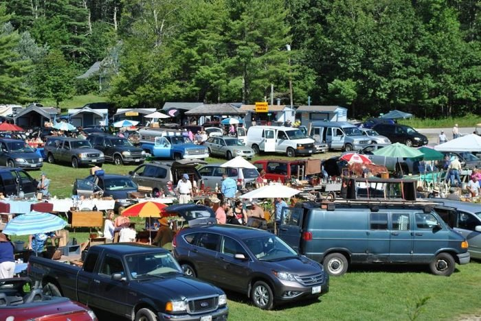 8 Must Visit Flea Markets In Maine With Awesome Stuff