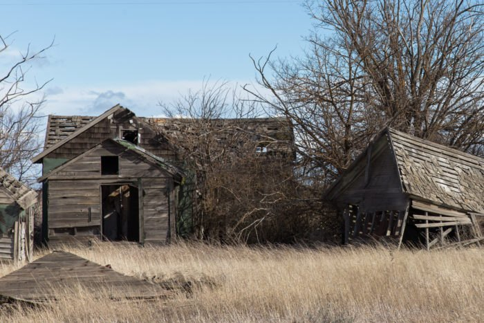 These Abandoned Farmhouses In Washington Are Eerily