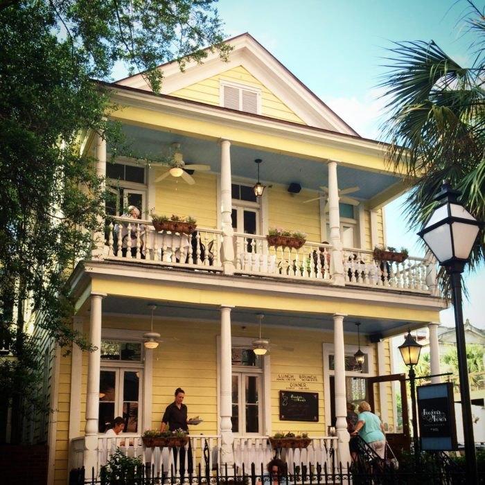 Charleston S Most Haunted Restaurant Will Keep You Awake Tonight