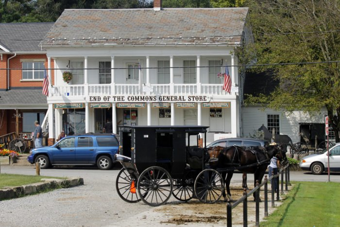 The 12 Best Places To Visit In Ohio's Amish Country