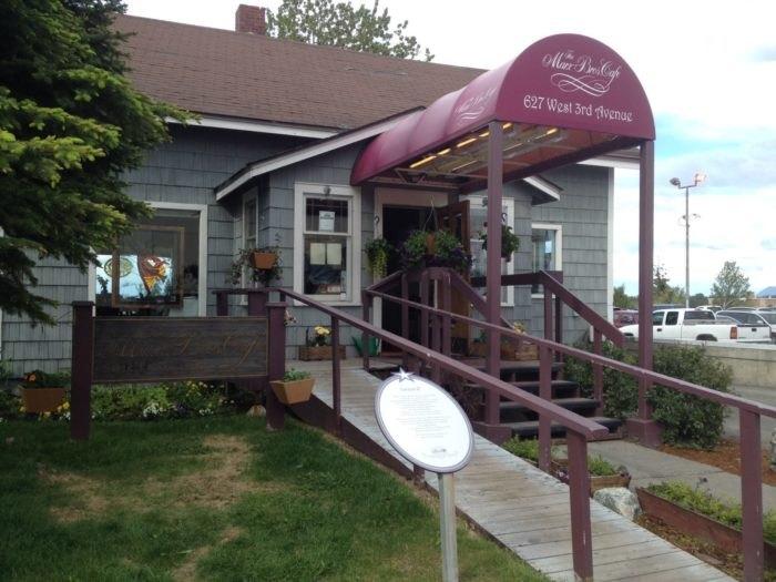 20 Unassuming Restaurants To Add To Your Alaska Dining
