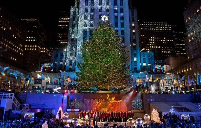 New York During Christmas Time.12 Enchanting Things To Do During Christmastime In New York