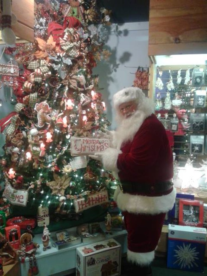 The Christmas Loft.The Christmas Loft In New Hampshire Is A Magical Store