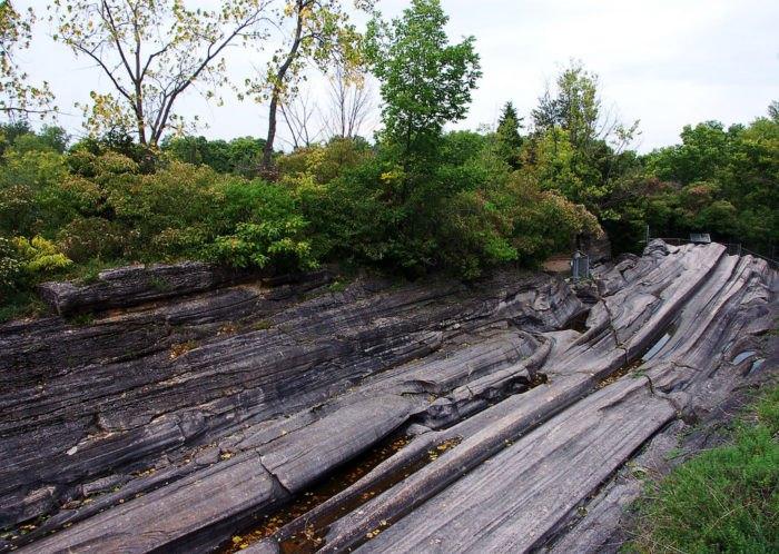 Kelleys Island glacial grooves