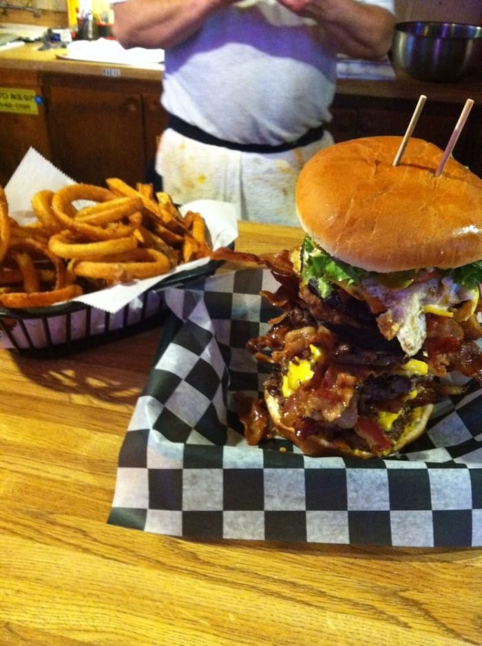 13 Must Visit South Carolina Diners, Drive Ins and Dive ... Diners Drive Ins And Dives Buffalo New York on