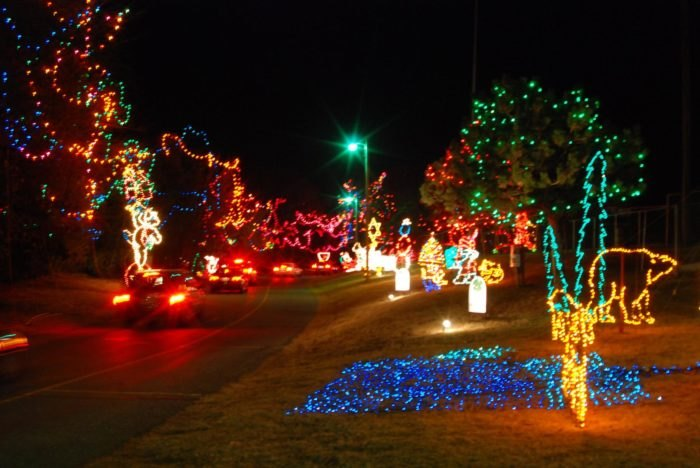 Yukon Ok Christmas Lights.13 Best Christmas Towns In Oklahoma 2016