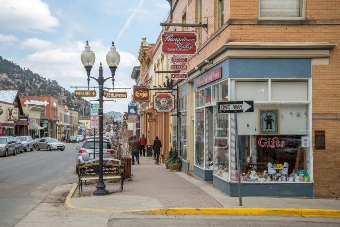 15 Small Towns Near Denver