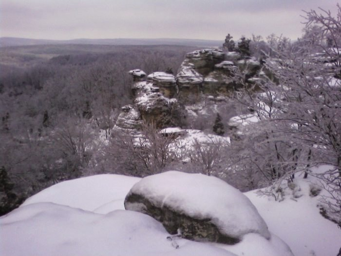 12 Of The Best Trails To Hike In The Winter In Illinois