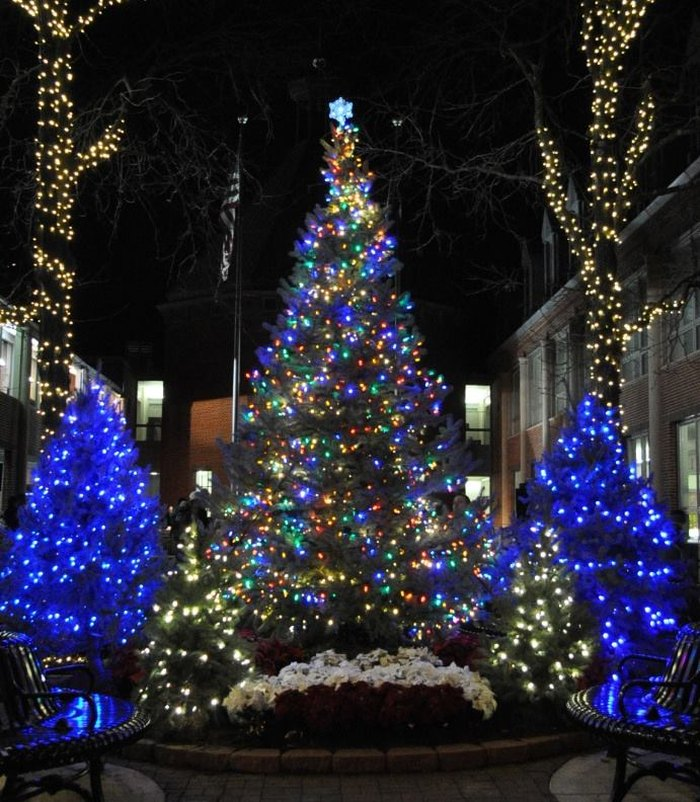 Christmas Time In Washington Dc.10 Best Christmas Main Streets Near Washington Dc 2016