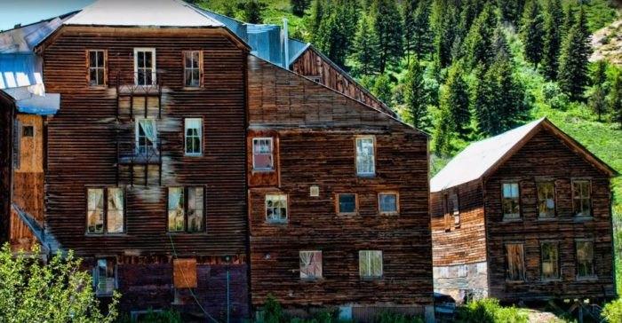 Idaho's Spooky and Historic Haunted Hotels