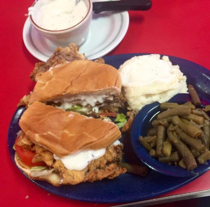 10 Best Restaurants In Oklahoma To Get A Chicken Fry Sandwich