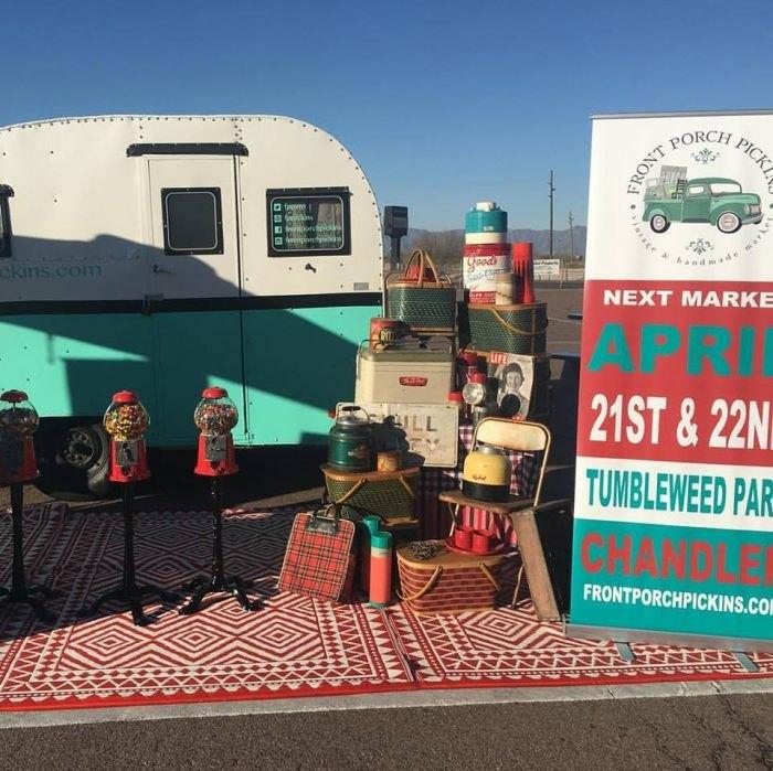 competitive price 41cba 1dd7c 10 Must-Visit Arizona Flea Markets