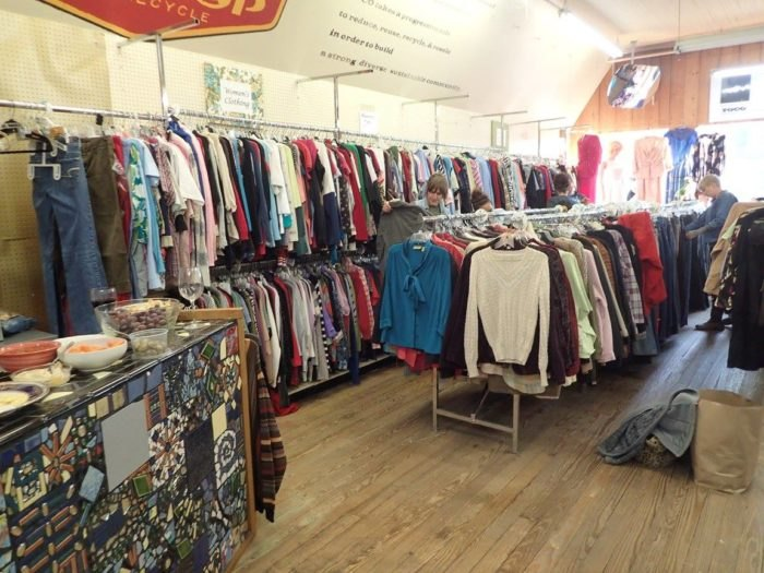 Best Thrift Stores In Illinois Where You\'ll Find The Best Deals