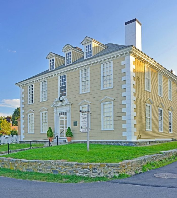 10 Historic Homes In New Hampshire to Visit